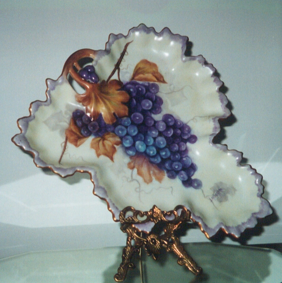 Grape Tray Painted by Luellen Landgren
